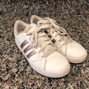 Adidas Baseline sneakers